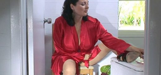 "Peeping On Lorna Lorna Morgan trims a bit of bush but doesn't shave her pussy bald in this peeping Tom video. ""I don't shave all the way,"" Lorna once said. ""I  don't take it all the way off. I have to leave a little bit there, just for comfort.""  One o..."