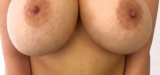 The Hypnotic Tits of Vanessa Y.